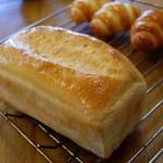 11月・バタートップ&ピタパン  バタートップは1本お持ち帰りできます。試食はピタパン。