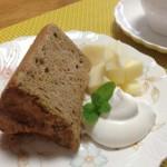 10月・紅茶のシフォン アールグレイの香り豊かな紅茶のシフォンケーキです