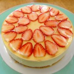 5月・苺のババロア 春になったら作りたい柔らかな苺のババロアケーキ